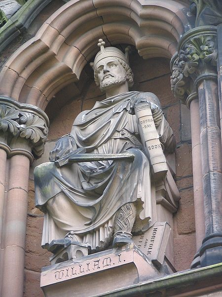 Statue of William the Conqueror outside Lichfield cathedral